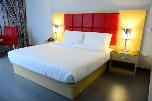 hotel paraiso nampula single room
